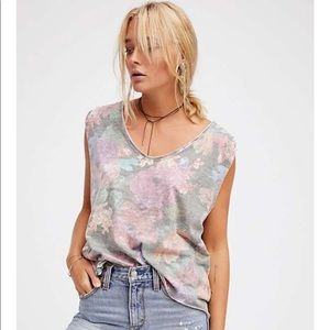 Free People | NWT Gardenia Sleeveless Floral Top